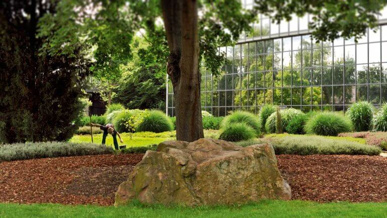 Hundehege Garten- und Landschaftsbau - Service und Pflege
